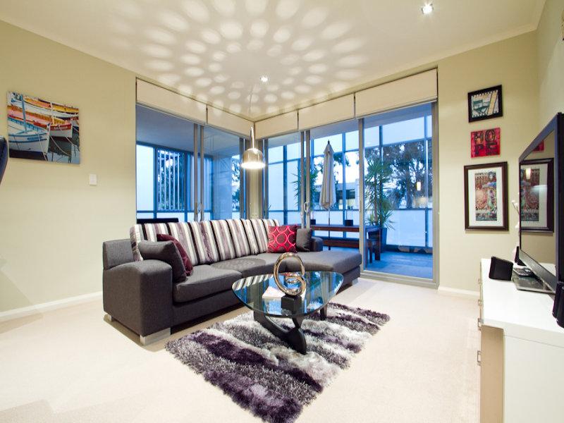 https://propertyphotos.vaultre.com.au/835/766341__reaimport-1568686125-347931-29595.jpg