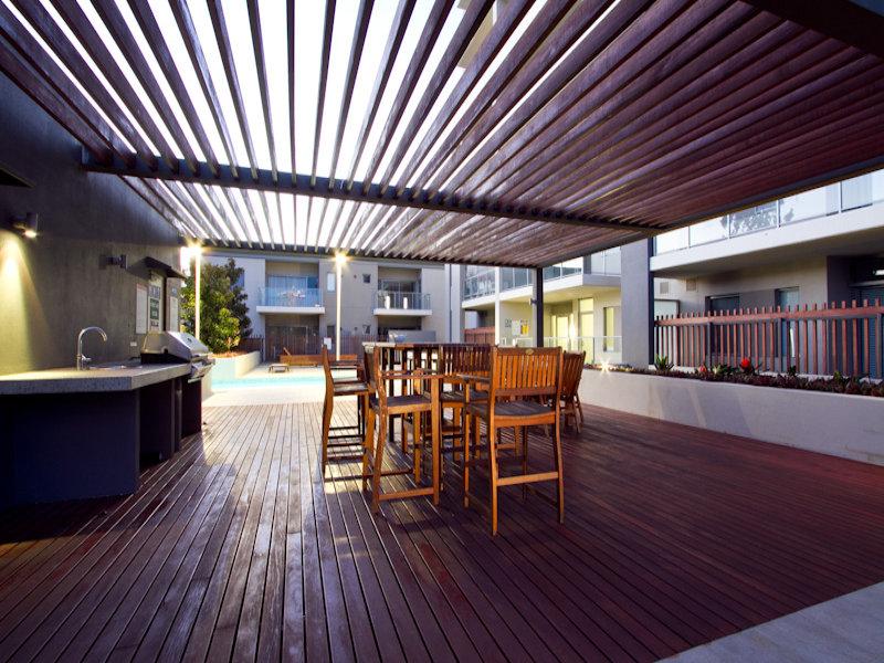 https://propertyphotos.vaultre.com.au/835/766351__reaimport-1568686127-347931-29595.jpg