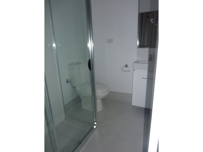 https://propertyphotos.vaultre.com.au/835/767889__reaimport-1568686536-348069-29732.jpg