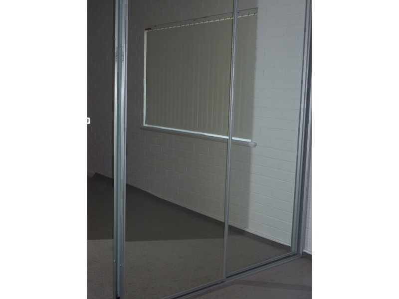 https://propertyphotos.vaultre.com.au/835/767891__reaimport-1568686537-348069-29732.jpg