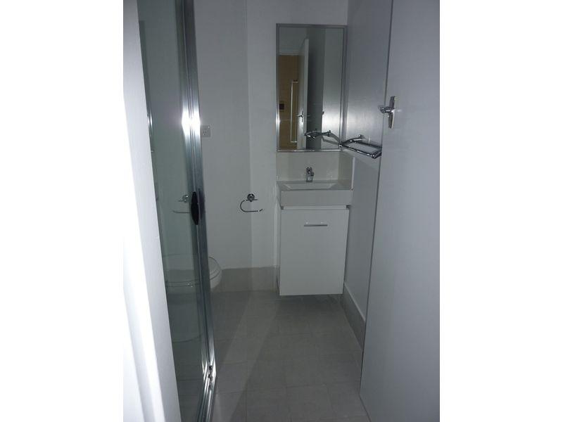 https://propertyphotos.vaultre.com.au/835/767902__reaimport-1568686539-348071-29734.jpg