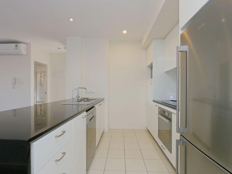 https://propertyphotos.vaultre.com.au/835/768475__reaimport-1568686715-348120-29783.jpg