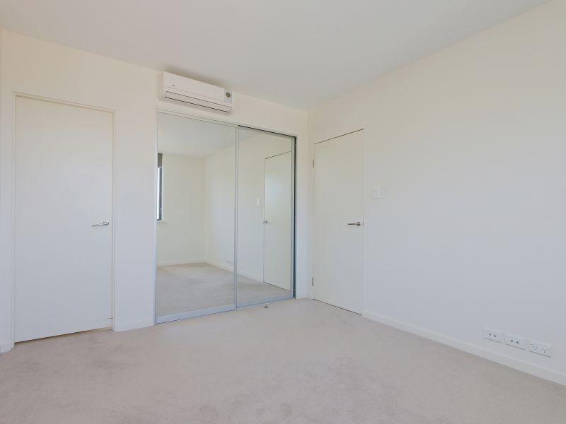 https://propertyphotos.vaultre.com.au/835/768479__reaimport-1568686716-348120-29783.jpg