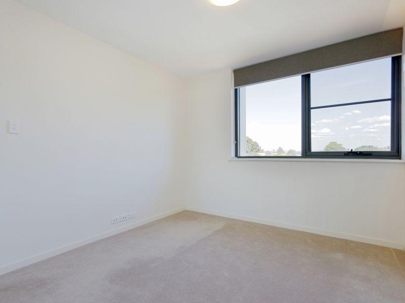 https://propertyphotos.vaultre.com.au/835/768480__reaimport-1568686716-348120-29783.jpg
