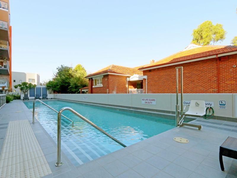 https://propertyphotos.vaultre.com.au/835/768492__reaimport-1568686720-348120-29783.jpg