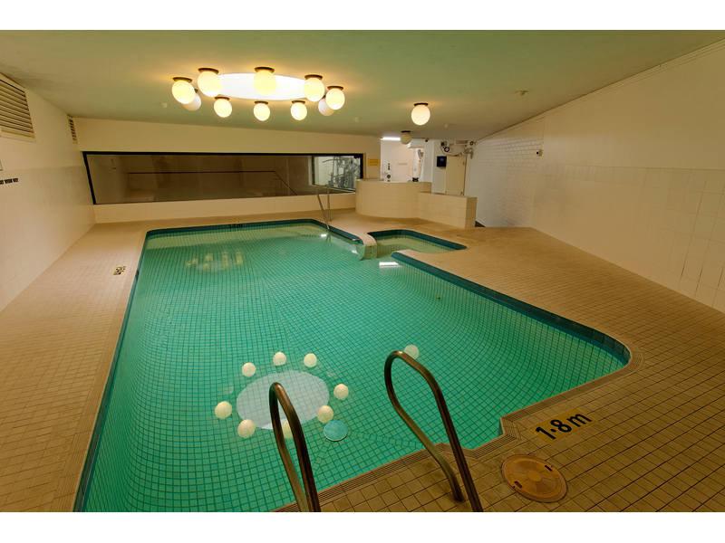 https://propertyphotos.vaultre.com.au/835/768796__reaimport-1568686808-348144-29806.jpg
