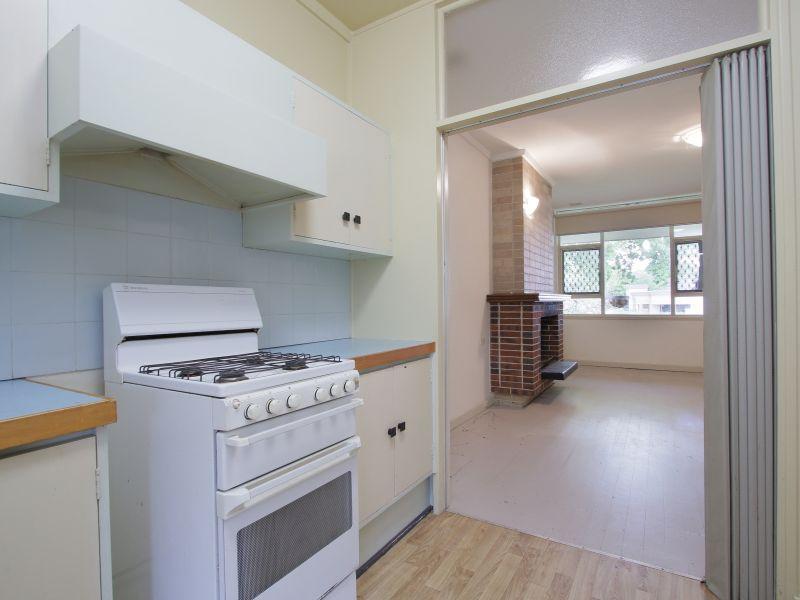 https://propertyphotos.vaultre.com.au/835/770243__reaimport-1568687262-348284-29942.jpg