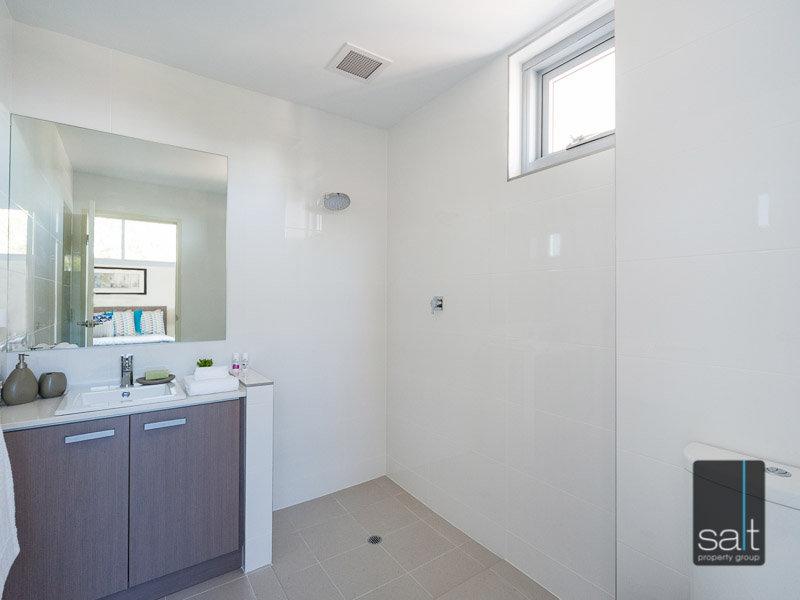 https://propertyphotos.vaultre.com.au/835/770286__reaimport-1568687275-348287-29945.jpg
