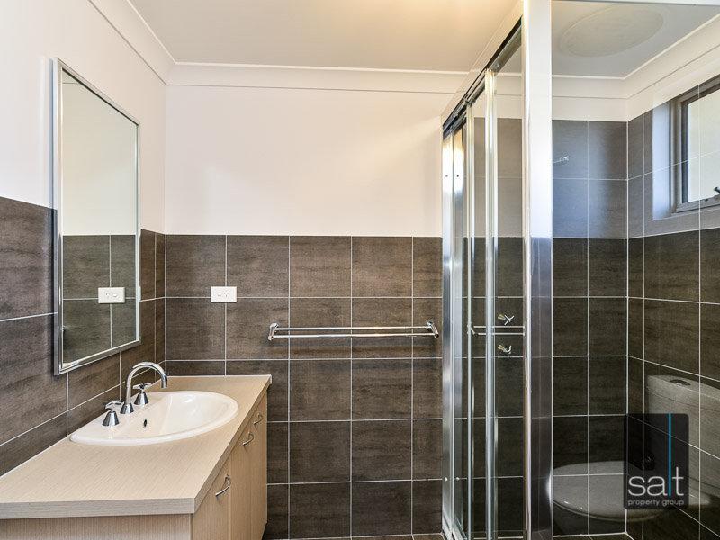 https://propertyphotos.vaultre.com.au/835/770434__reaimport-1568687315-348301-29958.jpg