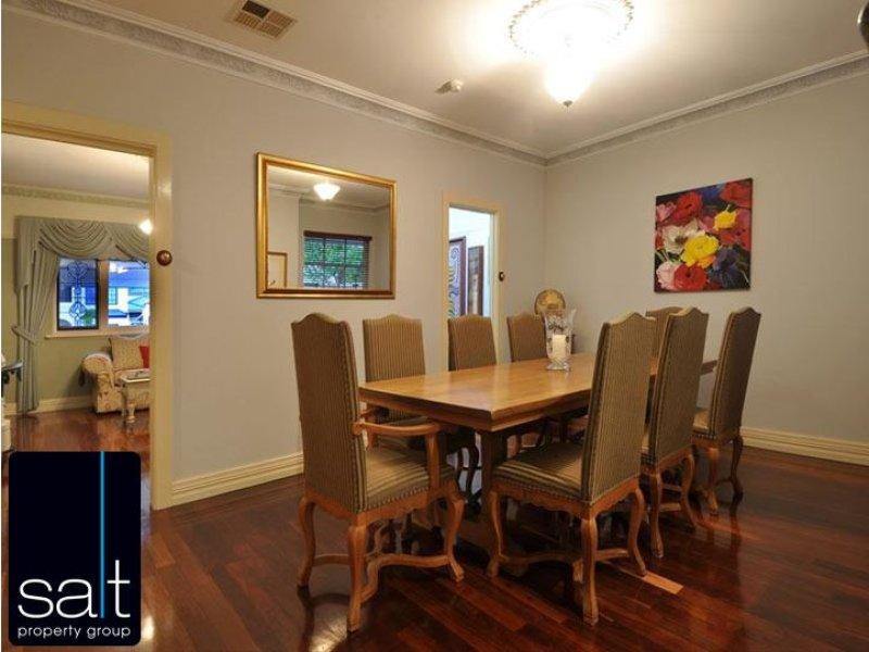 https://propertyphotos.vaultre.com.au/835/770583__reaimport-1568687354-348312-29969.jpg