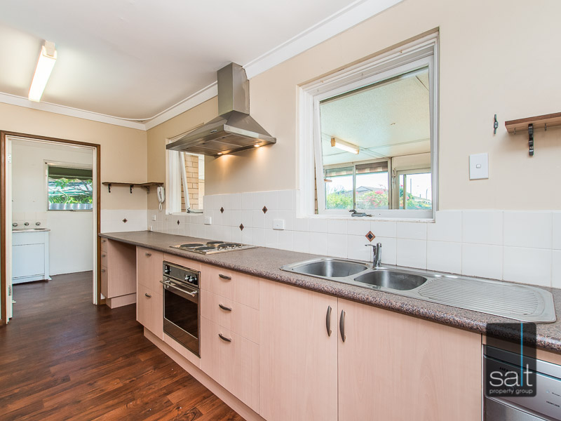https://propertyphotos.vaultre.com.au/835/770730__reaimport-1568687386-348320-29977.jpg