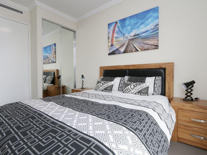 https://propertyphotos.vaultre.com.au/835/771018__reaimport-1568687471-348340-29997.jpg