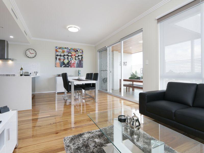 https://propertyphotos.vaultre.com.au/835/771026__reaimport-1568687473-348340-29997.jpg