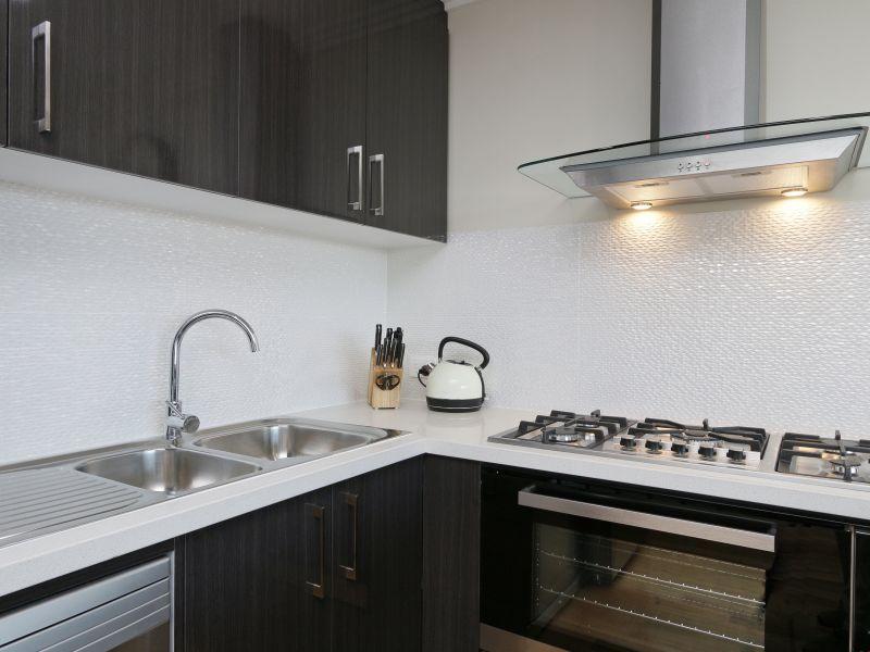 https://propertyphotos.vaultre.com.au/835/771033__reaimport-1568687475-348340-29997.jpg