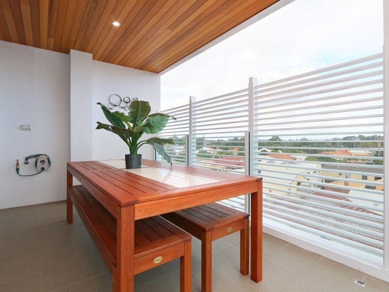 https://propertyphotos.vaultre.com.au/835/771036__reaimport-1568687476-348340-29997.jpg