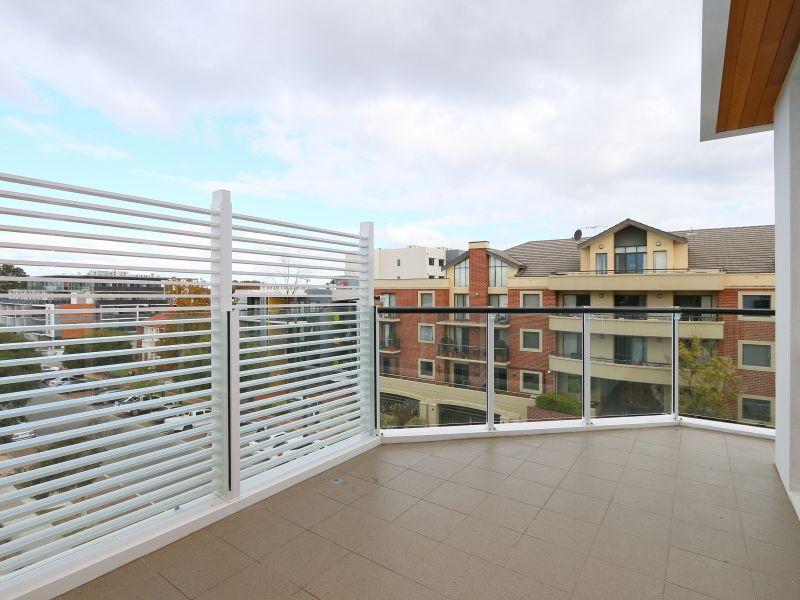 https://propertyphotos.vaultre.com.au/835/771039__reaimport-1568687477-348340-29997.jpg