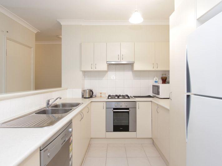 https://propertyphotos.vaultre.com.au/835/771151__reaimport-1568687514-348348-30005.jpg