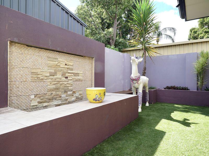 https://propertyphotos.vaultre.com.au/835/771340__reaimport-1568687574-348359-30016.jpg