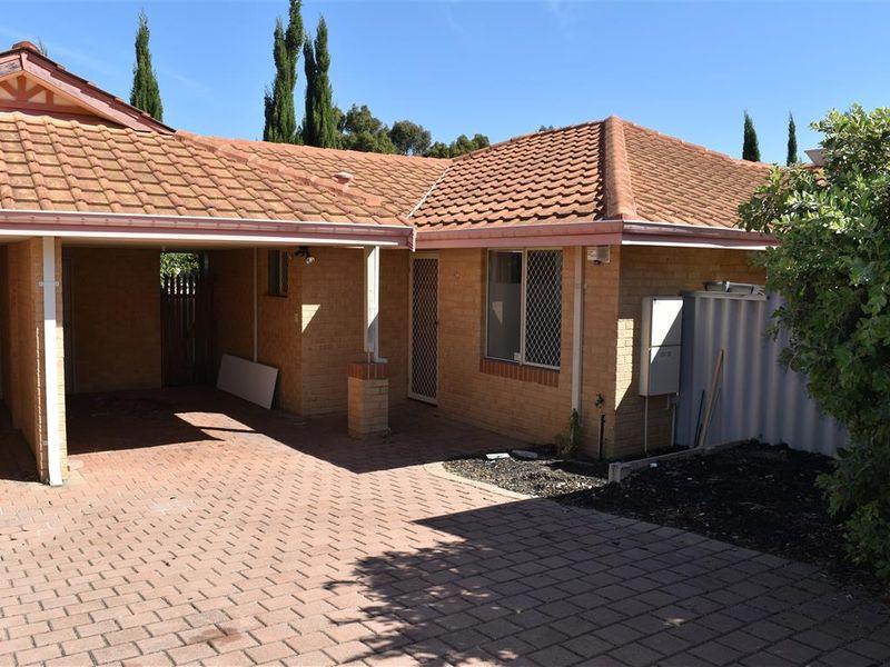 https://propertyphotos.vaultre.com.au/835/771826__reaimport-1568687712-348393-30049.jpg