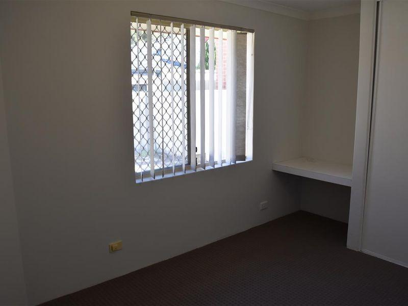 https://propertyphotos.vaultre.com.au/835/771831__reaimport-1568687713-348393-30049.jpg