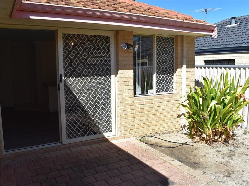 https://propertyphotos.vaultre.com.au/835/771834__reaimport-1568687714-348393-30049.jpg