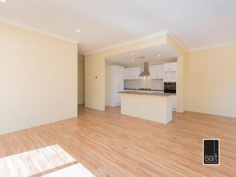 https://propertyphotos.vaultre.com.au/835/772059__reaimport-1568687781-348408-30064.jpg