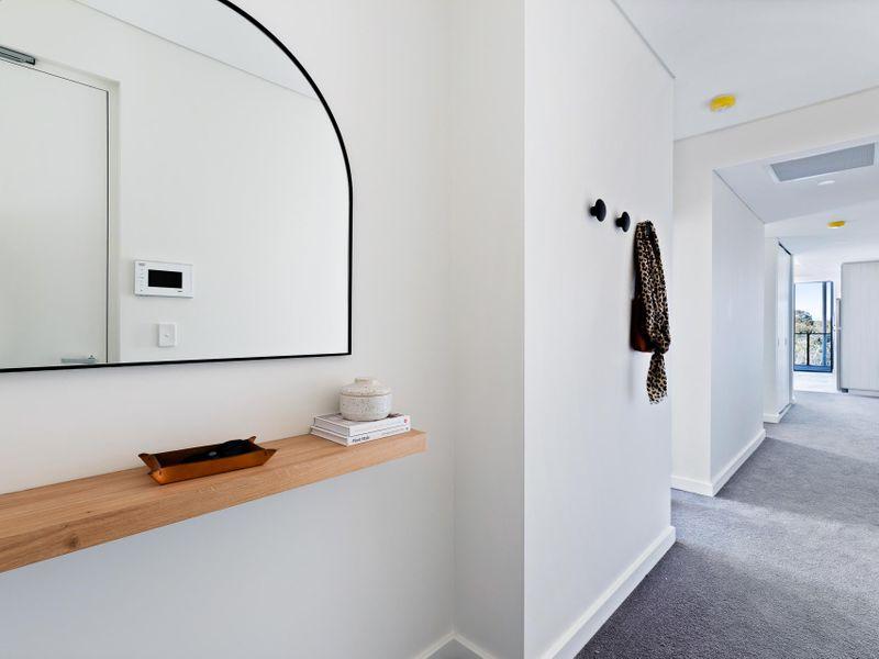 https://propertyphotos.vaultre.com.au/835/775469__reaimport-1568688835-348691-442565.jpg