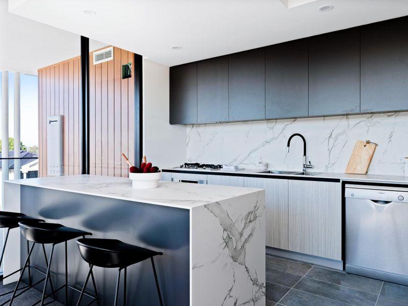 https://propertyphotos.vaultre.com.au/835/775472__reaimport-1568688836-348691-442565.jpg