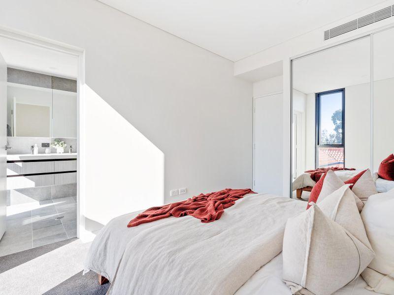 https://propertyphotos.vaultre.com.au/835/775475__reaimport-1568688837-348691-442565.jpg