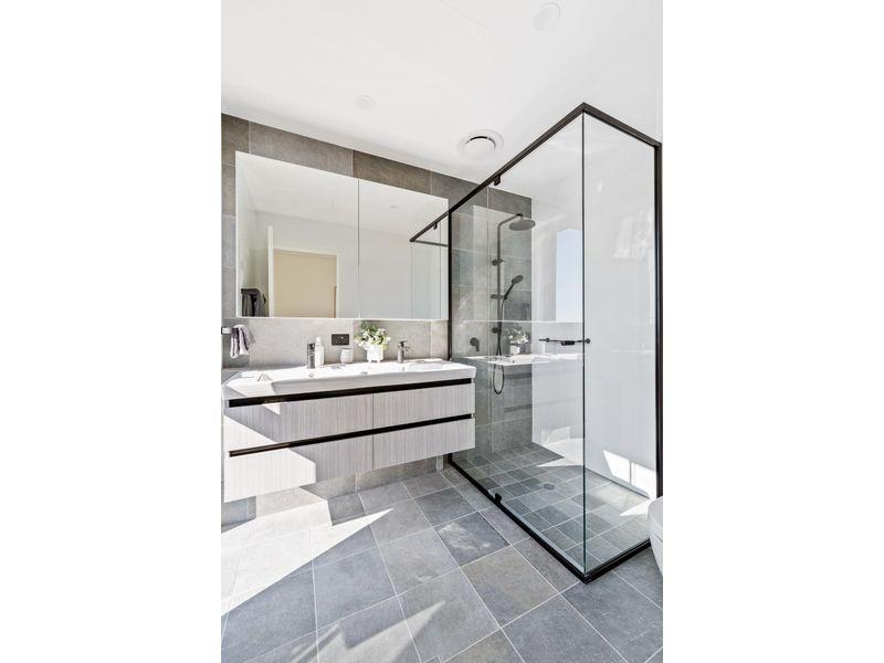 https://propertyphotos.vaultre.com.au/835/775478__reaimport-1568688838-348691-442565.jpg