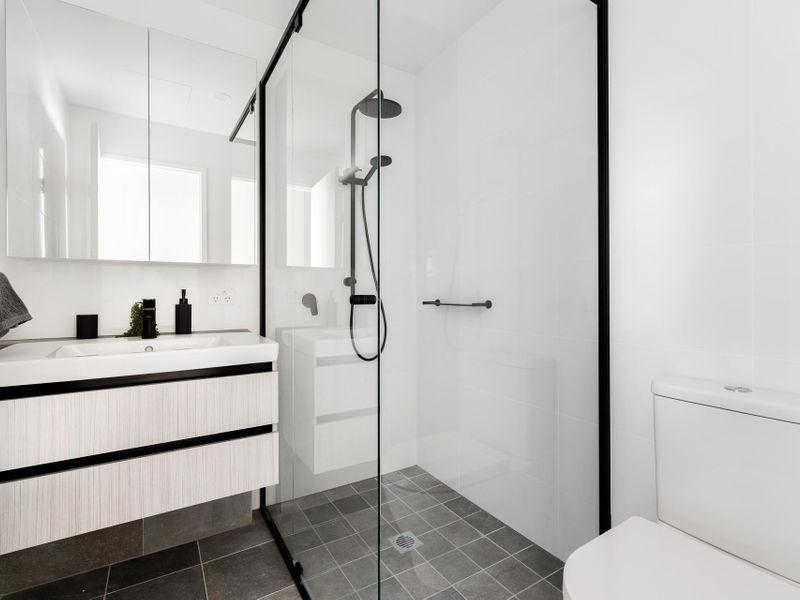 https://propertyphotos.vaultre.com.au/835/775481__reaimport-1568688839-348691-442565.jpg