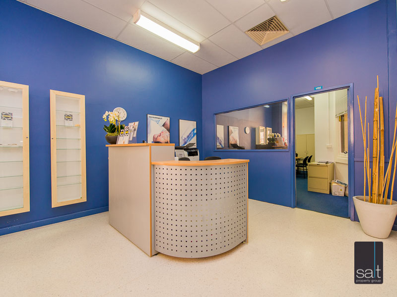 https://propertyphotos.vaultre.com.au/835/780873__reaimport-1568690258-349076-442952.jpg