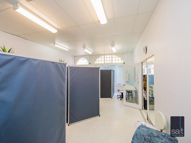 https://propertyphotos.vaultre.com.au/835/780879__reaimport-1568690260-349076-442952.jpg