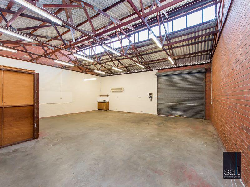 https://propertyphotos.vaultre.com.au/835/780968__reaimport-1568690293-349083-442958.jpg