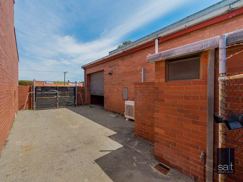 https://propertyphotos.vaultre.com.au/835/780971__reaimport-1568690294-349083-442958.jpg