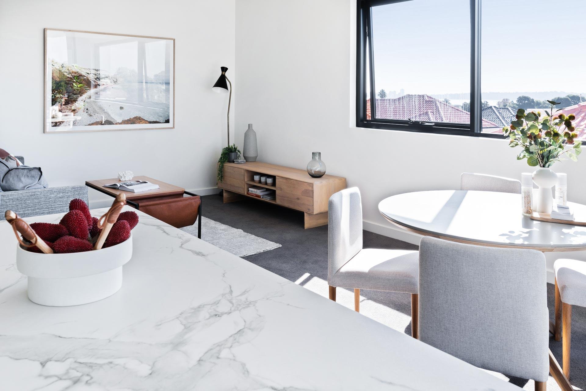 https://propertyphotos.vaultre.com.au/835/783402__1568705704-22042-WEBEditionApartments23.jpg