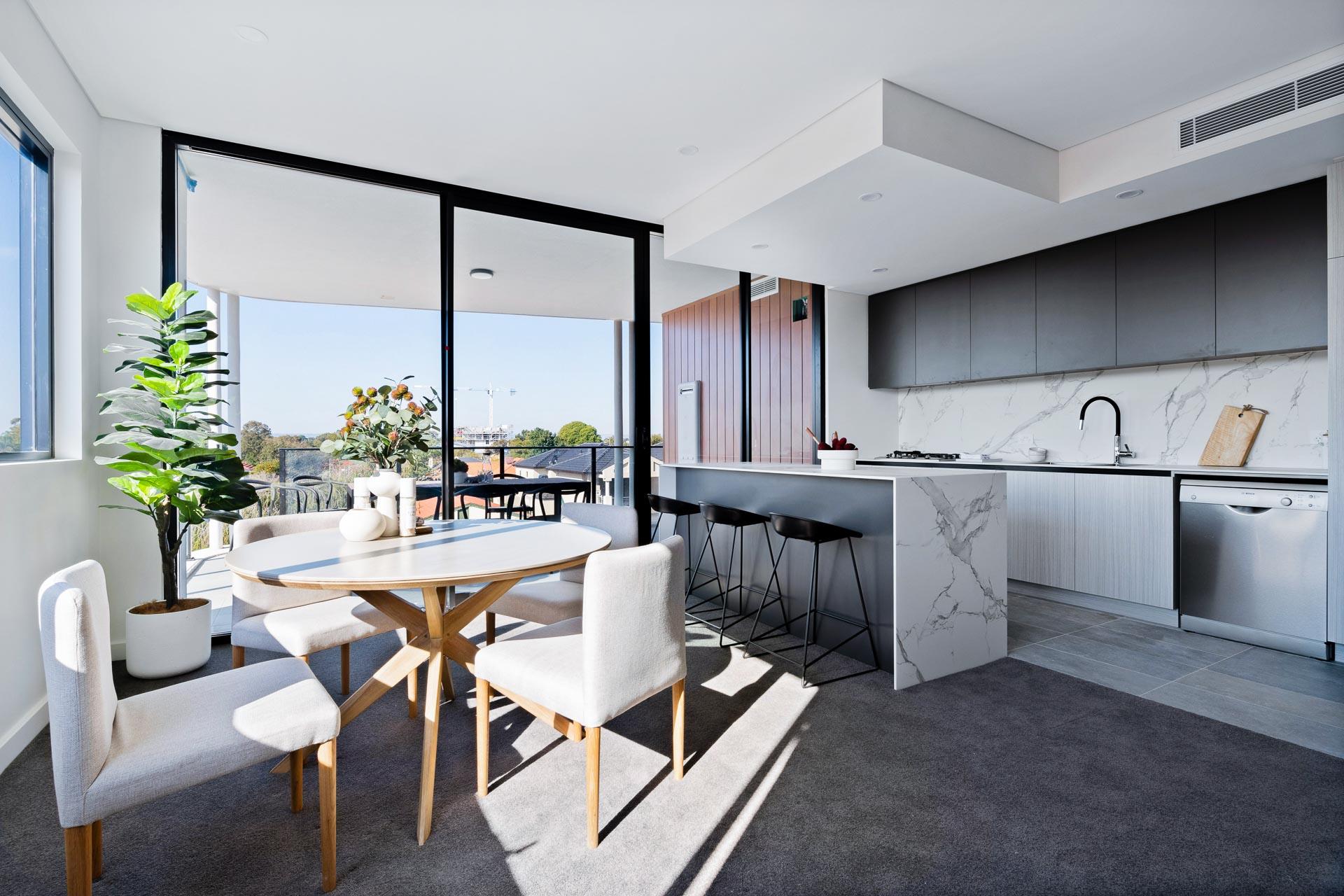 https://propertyphotos.vaultre.com.au/835/783404__1568705705-22053-WEBEditionApartments37.jpg