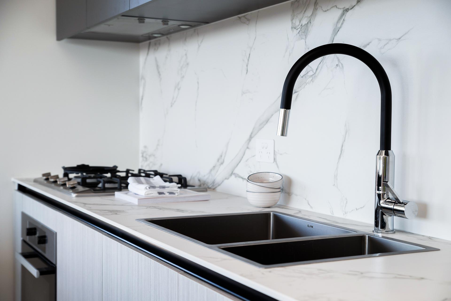https://propertyphotos.vaultre.com.au/835/783405__1568705706-14853-WEBEditionApartments39.jpg
