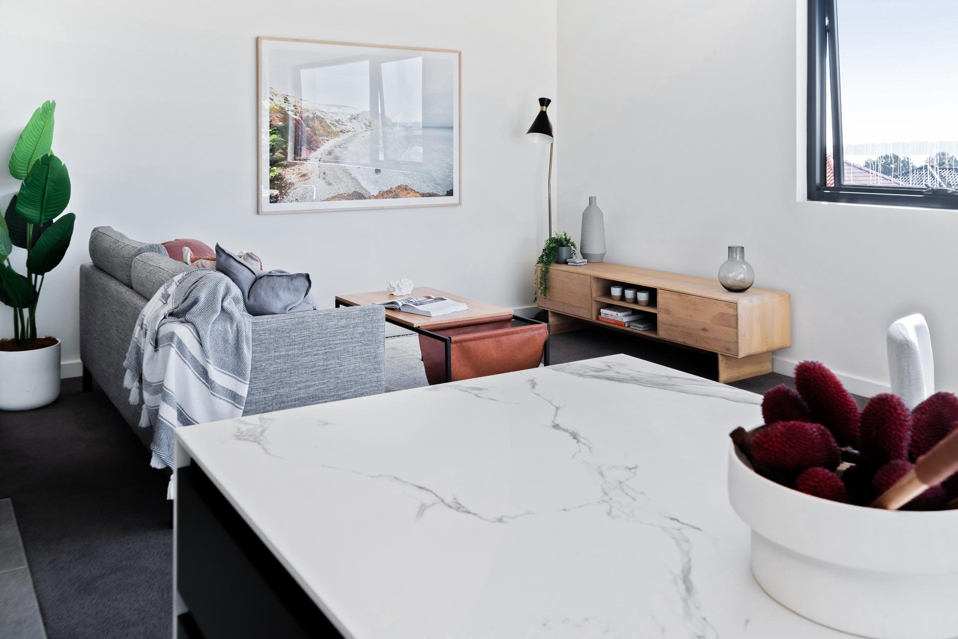 https://propertyphotos.vaultre.com.au/835/783487__1568706871-17002-WEBEditionApartments24.jpg