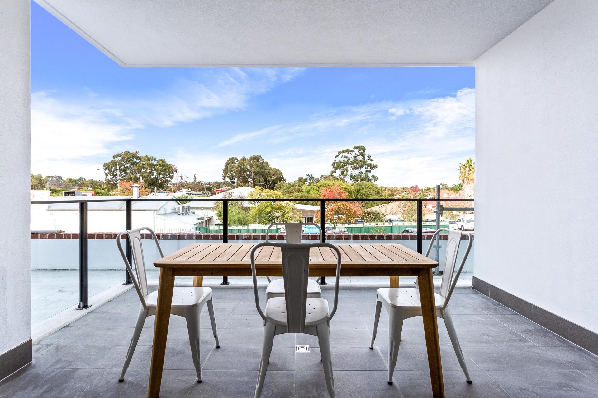https://propertyphotos.vaultre.com.au/835/783496__1568707915-2696-WEB57CarringtonStPalmyra6.jpg