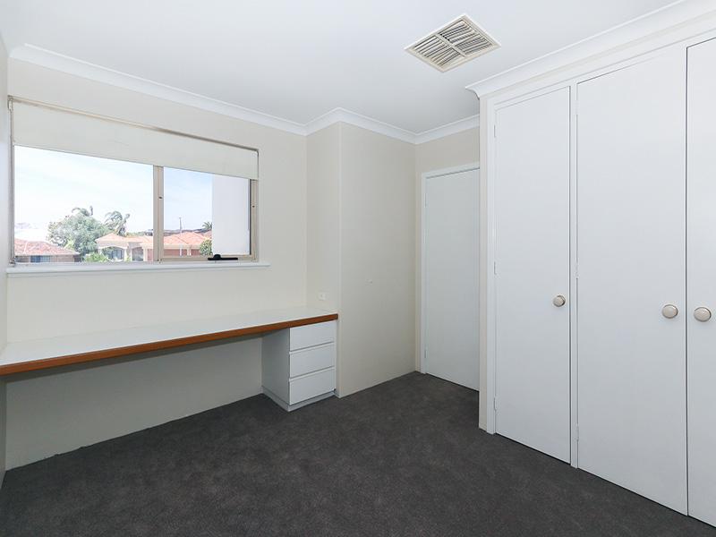 https://propertyphotos.vaultre.com.au/835/8366278__1592806088-30485-img8570.JPG