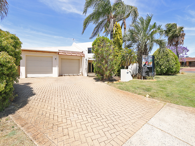 https://propertyphotos.vaultre.com.au/835/8366417__1592807081-29124-img8525.JPG