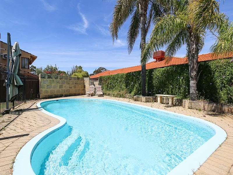 https://propertyphotos.vaultre.com.au/835/8366428__1592807093-16915-IMG854314.JPG