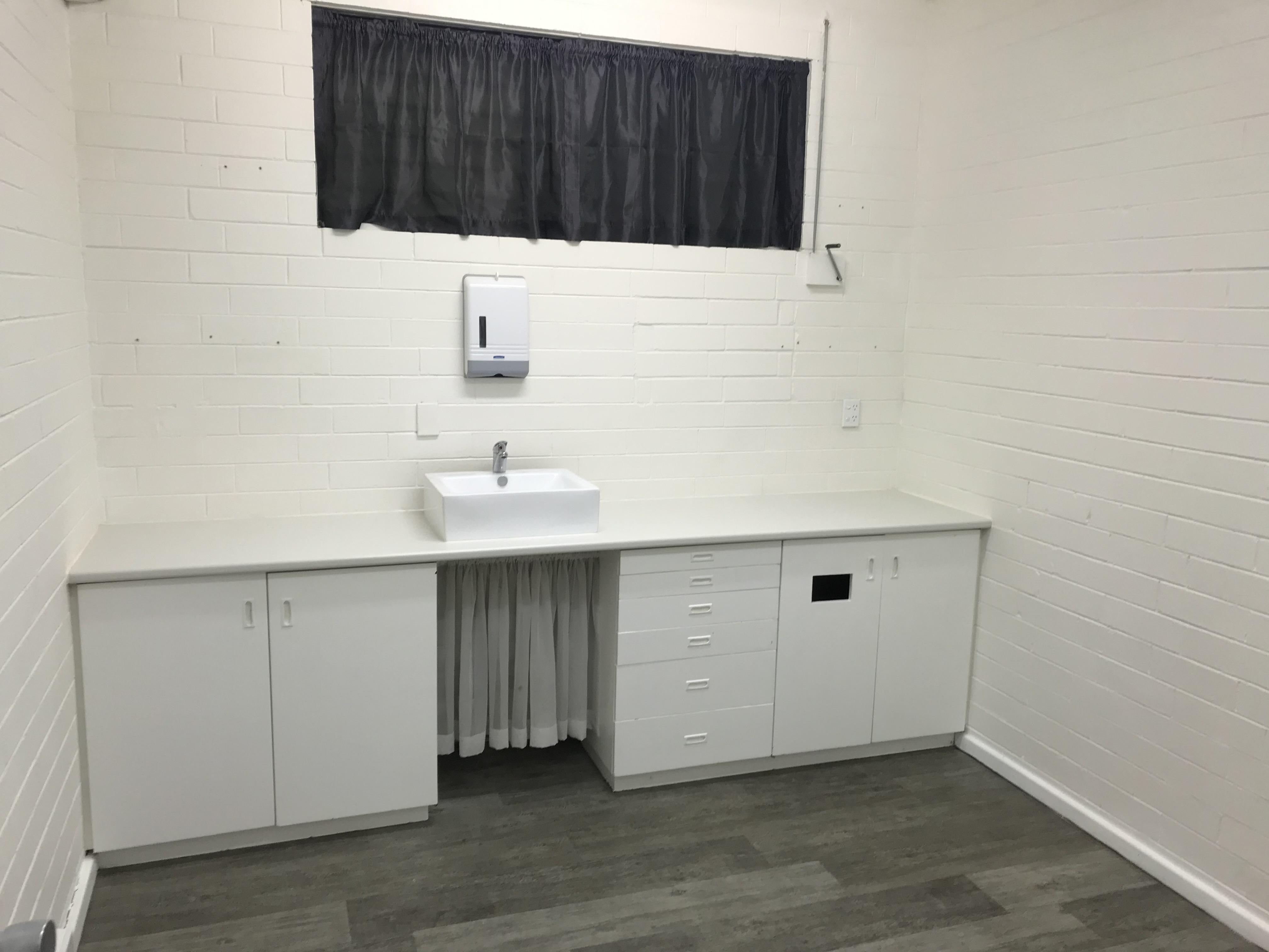 https://propertyphotos.vaultre.com.au/835/8632788__1593055469-10560-IMG1635.jpg
